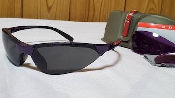 正規レア プラダ エンブレムロゴ スポーティーサングラス 黒 紫 レンズ交換 付属有