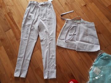 新品スライ パンツとスカート