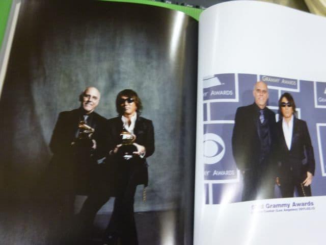 25周年B'z グローリークロニクル 写真集 他 < タレントグッズの