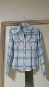 未使用 ヴィニー ラインストーン付ボタン ワイヤー入りシャツ 36
