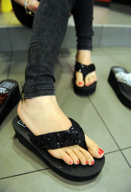 Y419即決 新品 ビジュー サンダル 黒 23cm エスペランサ プールサイド 好きに < 女性ファッションの