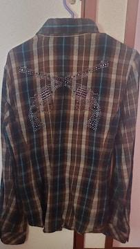 roarシャツ