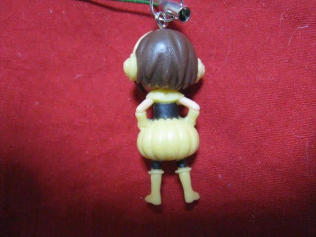 限定レア AKB48 篠田麻里子 ベジレンジャーミニフィギュアストラップ  未使用 < タレントグッズの