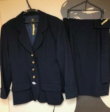 クレイサス スーツ