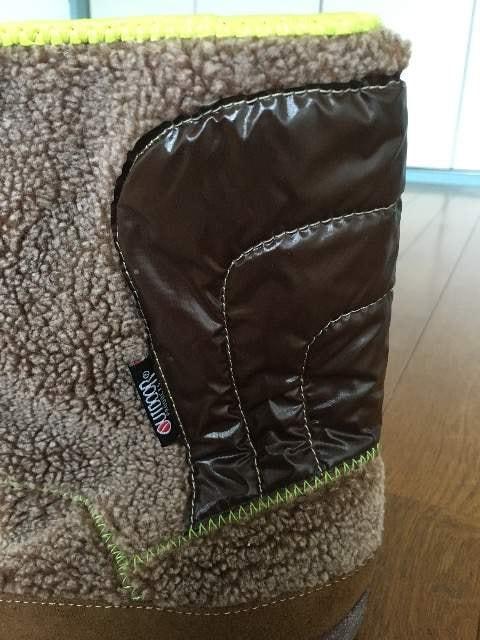 outdoor ボアブーツ 新品 24cm ブラウン < 女性ファッションの