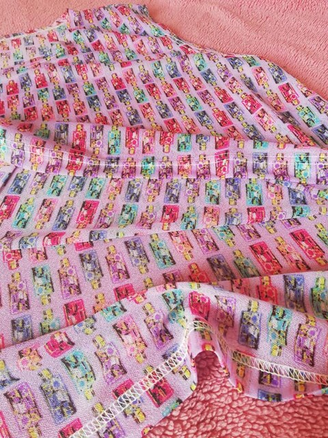 未使用◆80's ふう 化粧ボトルプリントタンクトップ ゆったりめ < 女性ファッションの
