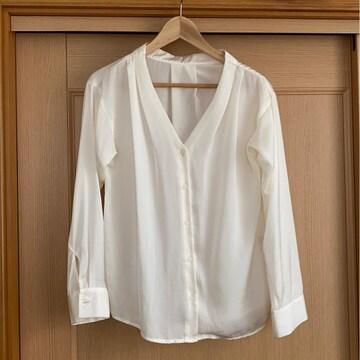GU。.・◆・.。テロン素材シャツ