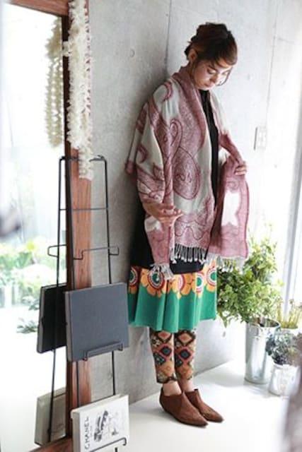 上質ウール100% ショール shanti2 ビーズ刺繍 ハンドメイド  < 女性ファッションの