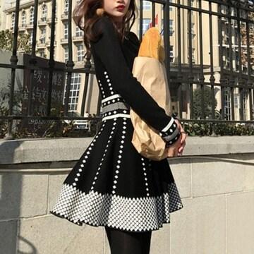 送料無料【ブラック/Mサイズ】ミニ丈 ニットワンピース