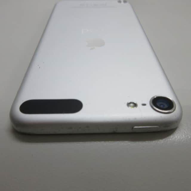 Apple iPod touch 32GB  シルバー < 家電/AVの
