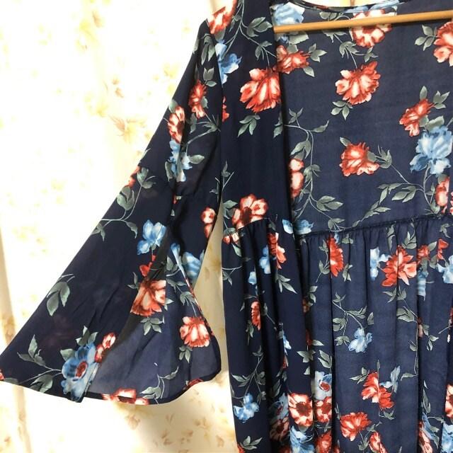 花柄 シフォンガウン ロングカーディガン < 女性ファッションの