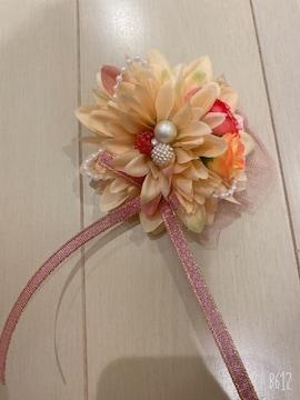 クリーム花パールリボンレース可愛い小さめダリア2wayコサージュ