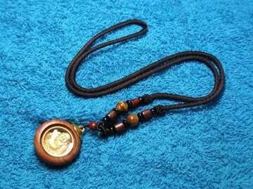 木枠+天然石ビーズ 丸型 七福神 布袋様のネックレス