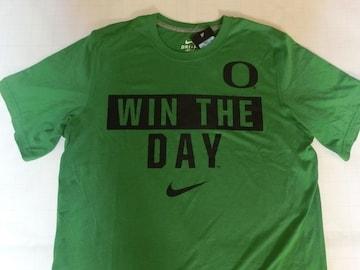 ナイキ【DRI FIT】 オレゴン大学【WIN THE DAY】ロゴ T US S