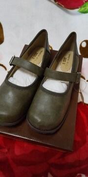 セシール購入の可愛い靴♪3Lカーキ新品