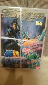 未開封 聖闘士星矢 ツインクロス プラモデル ドラゴン紫龍&暗黒
