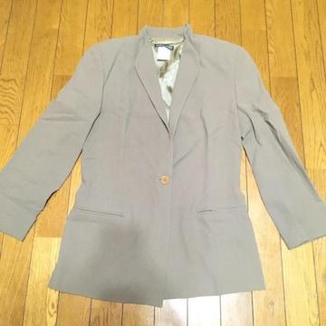アルマーニ オトナ女子 ウールジャケット ベージュ系