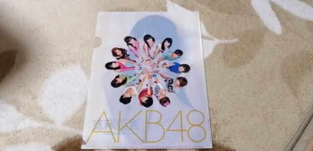 元AKB48渡辺麻友☆AKB48オフィシャルカレンダーBOX 2012年付録クリアファイル < タレントグッズの