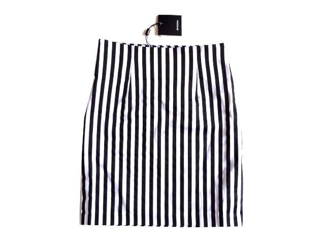 新品 定価6151円 エモダ EMODA 白 黒  タイト ミニ スカート  < ブランドの