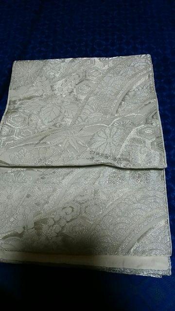 とっても素敵な袋帯。正絹。シルバーキンキラ訪問着や留袖に  < 女性ファッションの