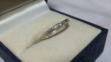 正規 ラブ&ヘイト 1Pストーンゴシックフェザーリング 9号 ローリーロドキン ナローバンド指輪