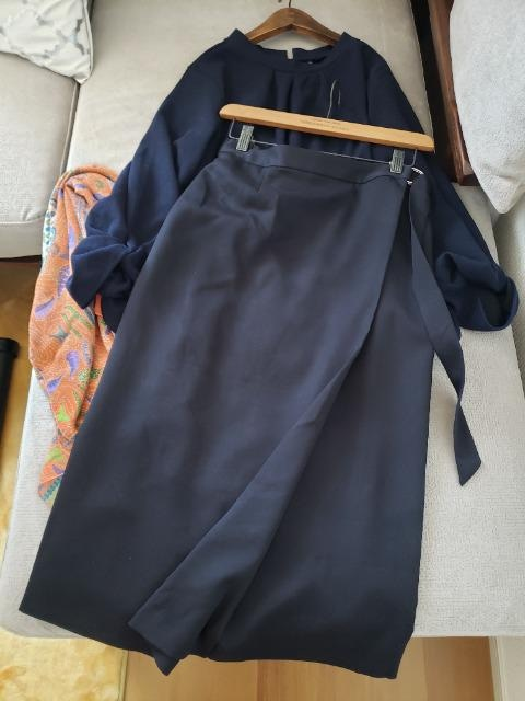 ICB★定価2万♪ゆったりサイズのネイビーロングスカート
