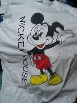 このサイトで買ったミッキーマウスTシャツ