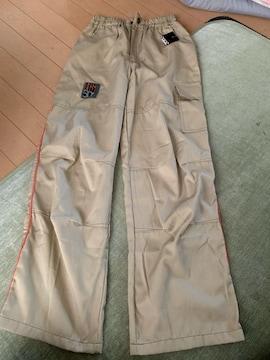 新品未使用タグ付き 長ズボン 160