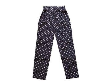 新品 定価7350円 エリアーヌジジ elianegigi 黒 サテン パンツ