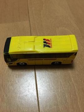 トミカ   はとバス  デザイン