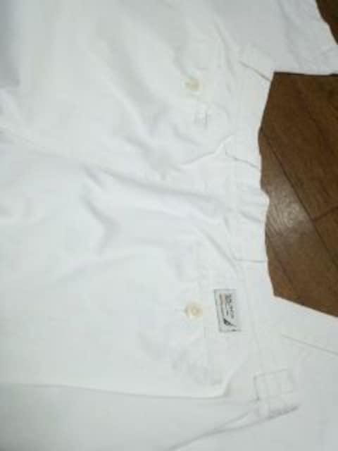 ノーティカ 上質白パンツ セレブ系 < 男性ファッションの