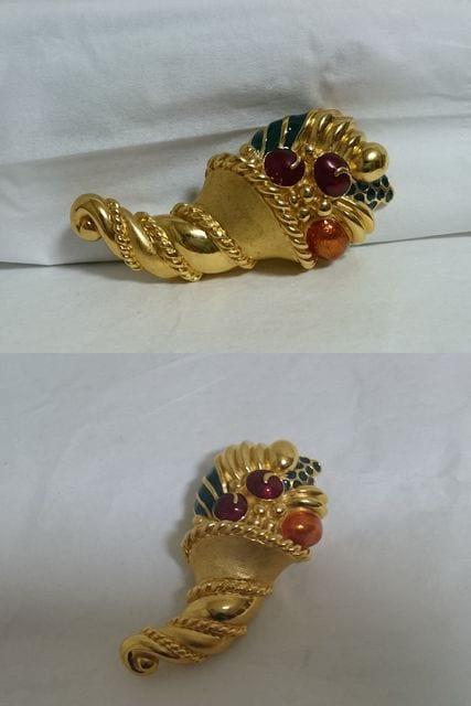 正規美 セレブ ランバンLANVIN ヴィンテージ ストーン装飾ゴールドブローチ 金 兼用 < ブランドの