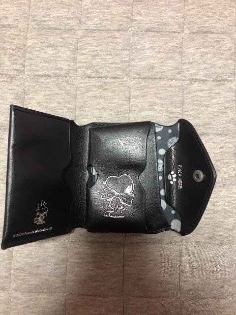 SNOOPY 財布  < アニメ/コミック/キャラクターの