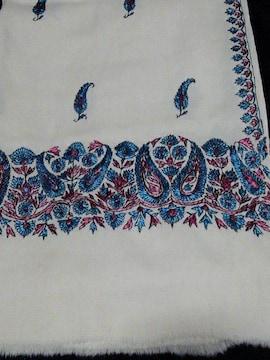 手刺繍の素敵な  ストール 68×195