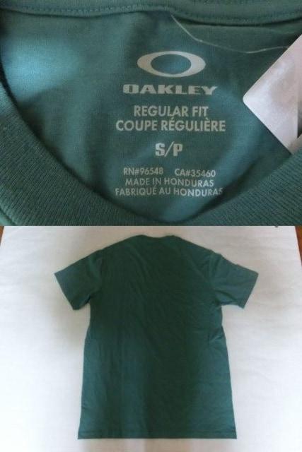 USA購入 オークレー【OAKLEY】プリントTシャツUS Sグリーン系 < ブランドの