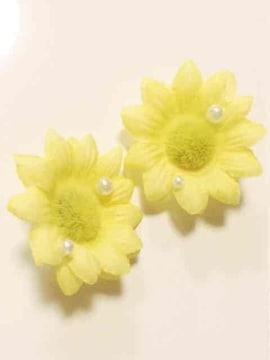パール付き黄色花可愛いクロックスジビッツ パッチンドメ変更可