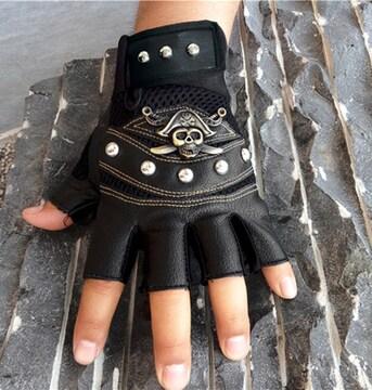 新品[7893]【黒】インポート★合皮手袋指なし/メタルスカルデザイングローブ