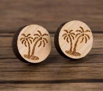 ヤシの木 ピアス 木製 ウッド