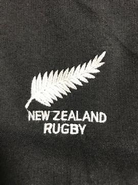 ラクビー ニュージーランド オールブラックス パーカー ブラック Mサイズ