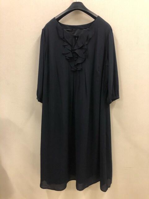 新品☆8L大きいサイズ入学卒業セレモニースーツ紺フォーマルd128 < 女性ファッションの