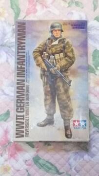 TAMIYA制  1/16WW�Uドイツ冬期装備歩兵〔防寒戦闘服〕