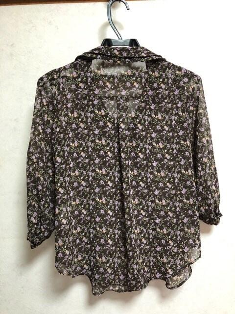 プライムパターン七分袖小花柄ボウタイブラウス茶ブラウンM丸襟 < ブランドの
