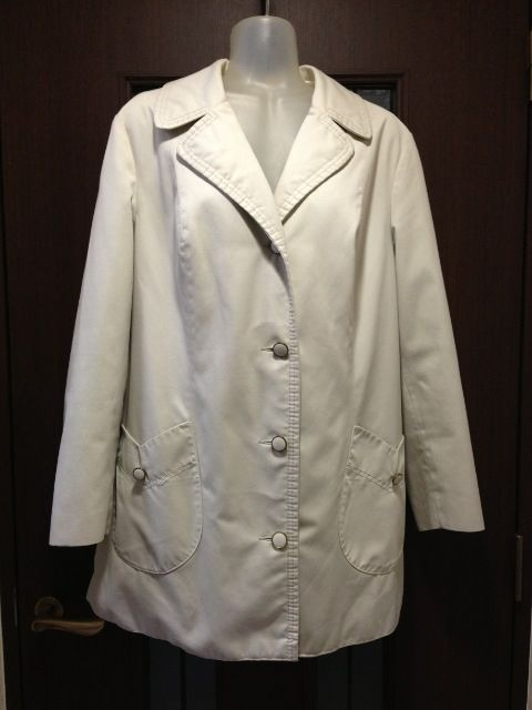 古着42/スプリングコート/薄ベージュ/チューリップポッケ/外国製  < 女性ファッションの