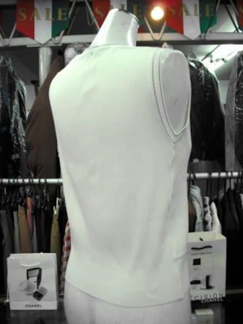 ★オフホワイトのベストです < 女性ファッションの