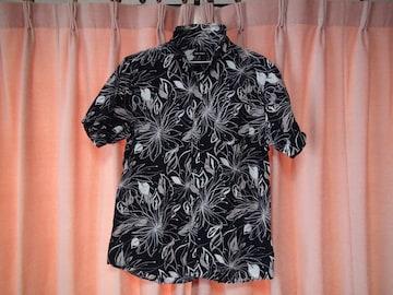 OMKOMのドレスシャツ(XL)!。