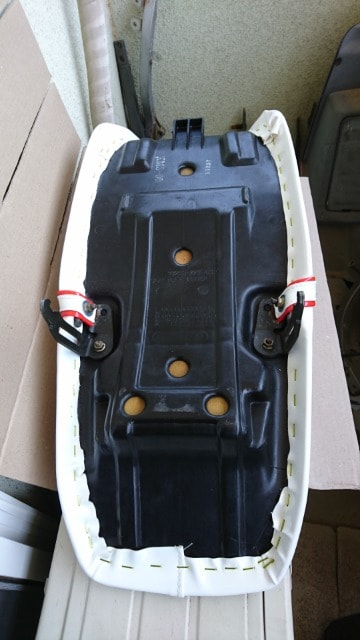 VT250FE/250Z/MC08 未使用 タックロール < 自動車/バイク