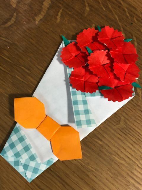 ハンドメイド 折り紙 カーネーション花束2 壁面飾り 母の日