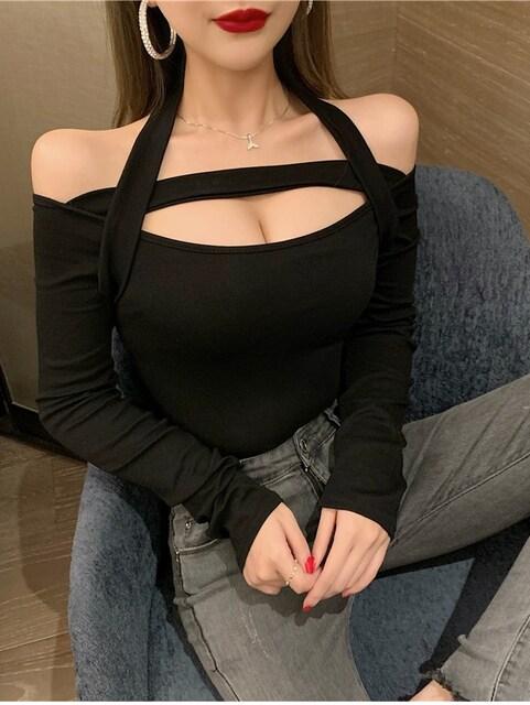 美スタイル♪シンプル*肩開き*オフショル*前開き*トップス*黒*ブラック*伸縮性有り < 女性ファッションの