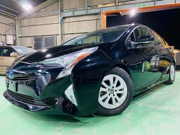 トヨタ プリウス 50前期 S 車検付きで納車可能!