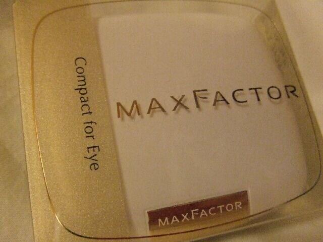 マックスファクター新品アイシャドーケースのみコンパクト  < ブランドの